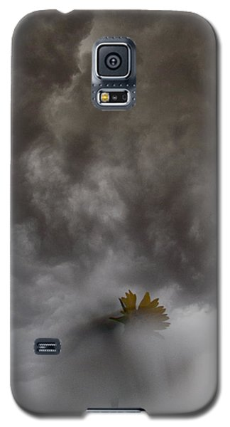 In The Storm Galaxy S5 Case by Tim Good