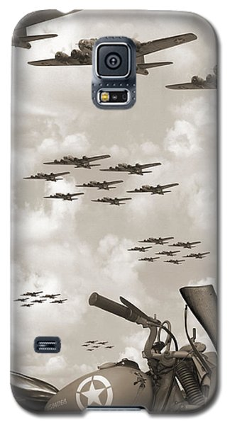 Indian 841 And The B-17 Panoramic Sepia Galaxy S5 Case