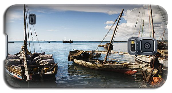 Galaxy S5 Case featuring the photograph Indian Ocean Dhow At Stone Town Port by Amyn Nasser