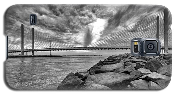 Indian River Bridge Clouds Black And White Galaxy S5 Case