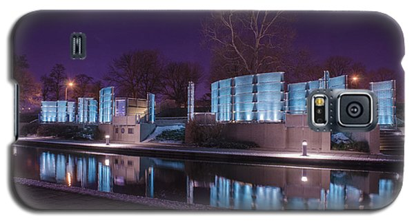 Indianapolis Canal Walk Medal Of Honor Memorial Night Lights Galaxy S5 Case