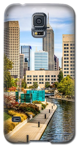 Indianapolis Skyline Picture Of Canal Walk In Autumn Galaxy S5 Case by Paul Velgos
