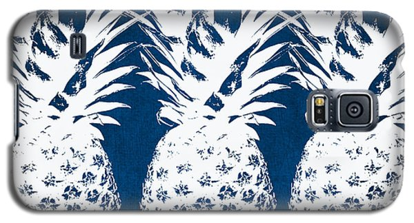 Indigo And White Pineapples Galaxy S5 Case