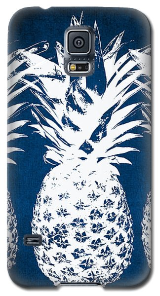 Galaxy S5 Case - Indigo And White Pineapples by Linda Woods