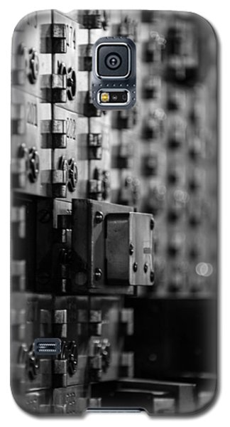Galaxy S5 Case featuring the photograph Inside The Vault by James Howe