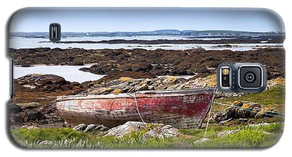 Galaxy S5 Case featuring the photograph Irish Coast Impression by Juergen Klust