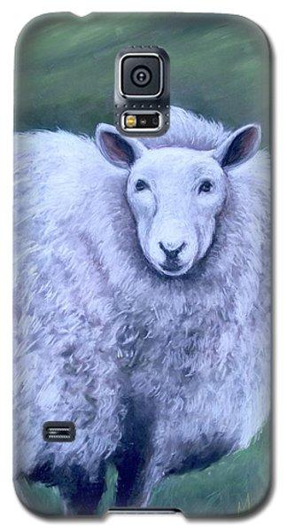 Galaxy S5 Case featuring the painting Irish Sheep Portrait by Melinda Saminski