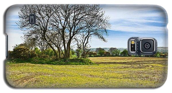 Galaxy S5 Case featuring the photograph Irish Springtime by Jane McIlroy