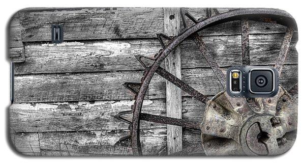 Iron Tractor Wheel Galaxy S5 Case