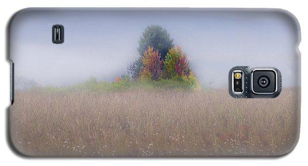Island Of Color In Sea Of Fog Galaxy S5 Case