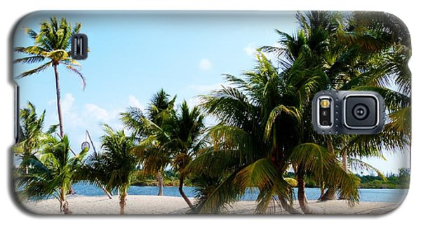 Galaxy S5 Case featuring the photograph Isle @ Camana Bay by Amar Sheow
