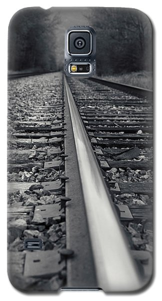 Galaxy S5 Case featuring the photograph It Is Coming by Lisa Knechtel