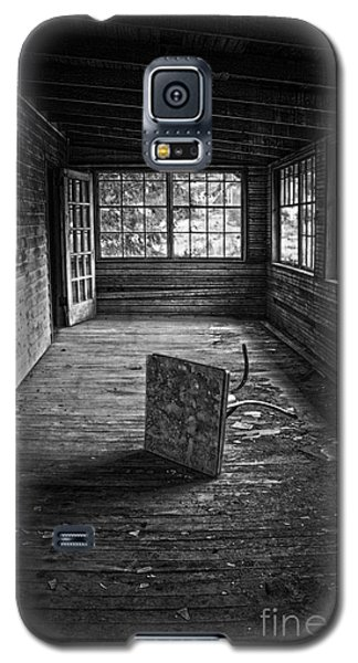Galaxy S5 Case featuring the photograph It's Empty Now by Debra Fedchin