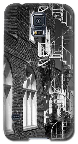Jacaranda Hotel Fire Escape Galaxy S5 Case by Beverly Stapleton
