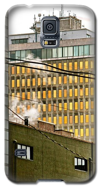 Galaxy S5 Case featuring the photograph Jackson Skyline by Jim Albritton