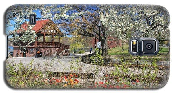 Jamaica Pond Boston In Spring Galaxy S5 Case