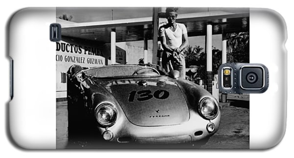 James Dean Filling His Spyder With Gas In Black And White Galaxy S5 Case