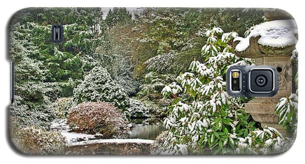 Galaxy S5 Case featuring the photograph Japanese Garden Snowfall by Jeff Cook
