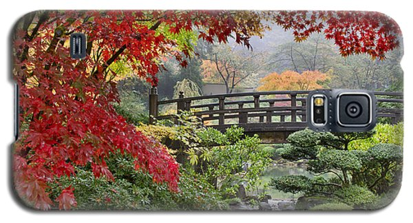 Japanese Maple Trees By The Bridge In Fall Galaxy S5 Case