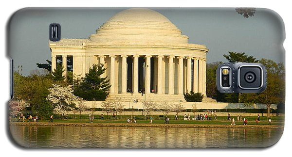 Galaxy S5 Case featuring the photograph Jefferson Memorial At Sunset by Emmy Marie Vickers