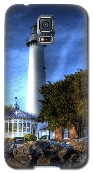 Galaxy S5 Case featuring the photograph Jekyll Island Lighthouse by Donald Williams