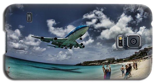 Jet Landing Over Maho Beach Galaxy S5 Case