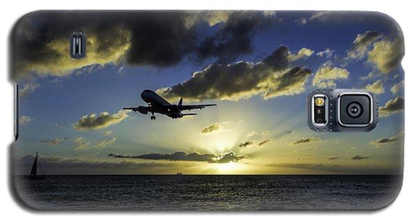 jetBlue landing at St. Maarten Galaxy S5 Case by David Gleeson