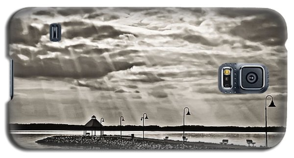 Galaxy S5 Case featuring the photograph Jetty And Sunrays In Bw by Greg Jackson
