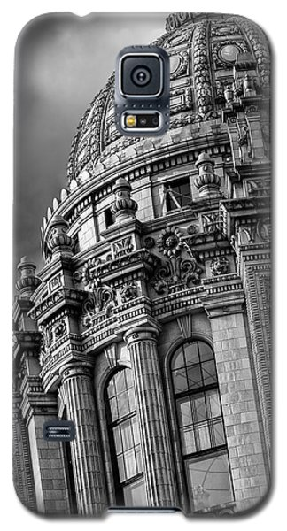 Galaxy S5 Case featuring the photograph Jeweler's Building by James Howe