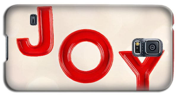 Galaxy S5 Case featuring the photograph Joy To The World by Vizual Studio