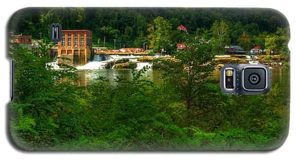Galaxy S5 Case featuring the photograph Kanawha Falls by Dave Files