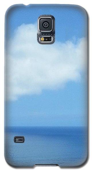 Galaxy S5 Case featuring the photograph Kauai Blue by Joseph J Stevens