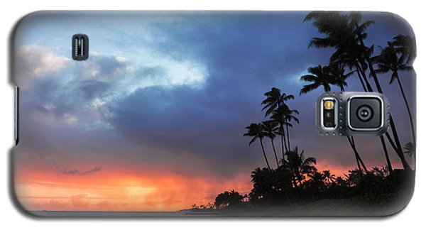Galaxy S5 Case featuring the photograph Kawaikui Sunset 2 by Leigh Anne Meeks