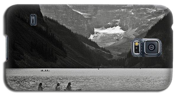 Kayak On Lake Louise Galaxy S5 Case