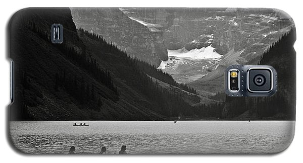 Kayak On Lake Louise Galaxy S5 Case