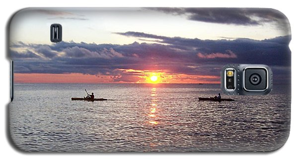 Kayaks At Sunset Galaxy S5 Case