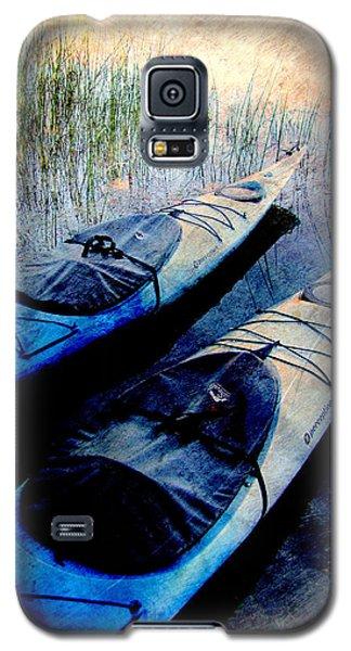 Kayaks Resting W Metal Galaxy S5 Case