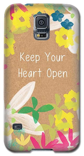 Tulip Galaxy S5 Case - Keep Your Heart Open by Linda Woods