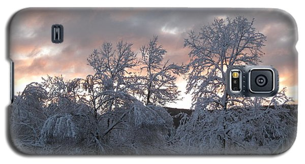 Galaxy S5 Case featuring the photograph Kent Ct Oct 2011 by HEVi FineArt