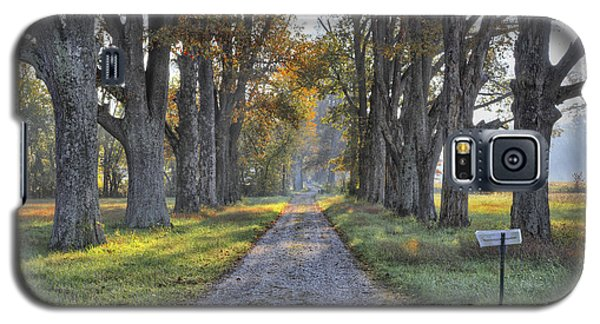 Galaxy S5 Case featuring the photograph Kentucky Country Lane by Wendell Thompson