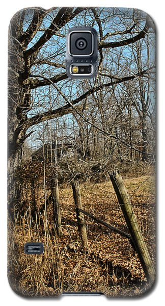 Galaxy S5 Case featuring the photograph Kentucky Fence Row by Greg Jackson