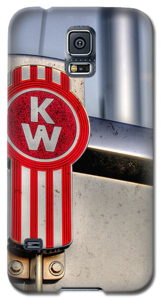 Kenworth Hood Logo 34709 Galaxy S5 Case by Jerry Sodorff