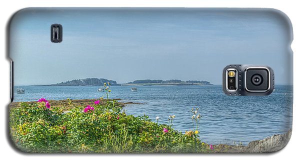 Galaxy S5 Case featuring the photograph Kettle Cove by Jane Luxton