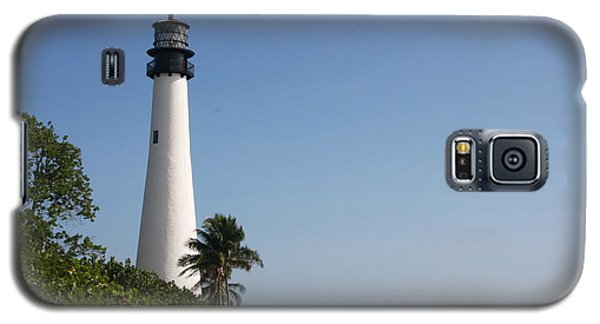 Galaxy S5 Case featuring the photograph Key Biscayne Lighthouse by Christiane Schulze Art And Photography