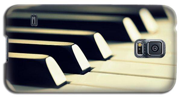 Keyboard Of A Piano Galaxy S5 Case