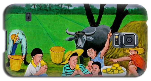 Kids Eating Mangoes Galaxy S5 Case by Cyril Maza