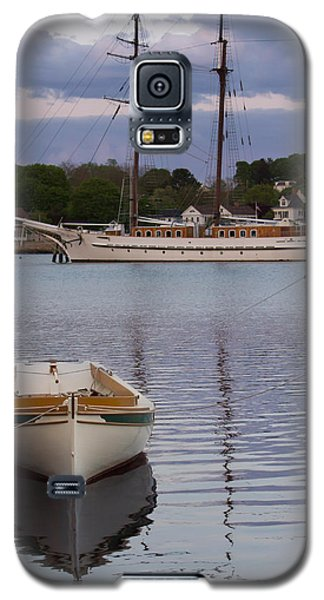 Kindred Spirits - Boat Reflections On The Mystic River Galaxy S5 Case