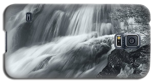 Galaxy S5 Case featuring the photograph King Creek Falls by Jonathan Nguyen