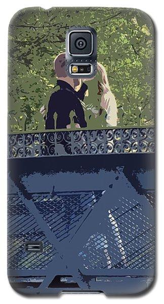 Kissing On A Bridge Galaxy S5 Case