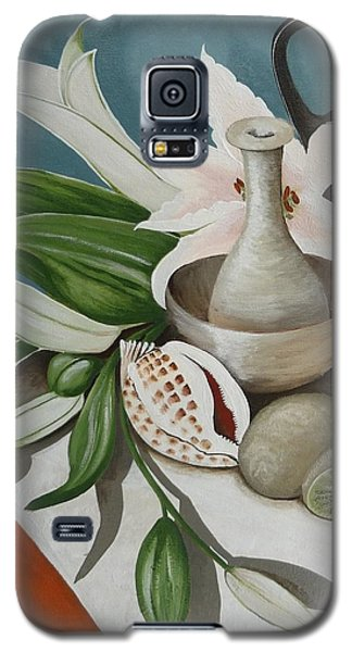 Galaxy S5 Case featuring the painting Kiwifruit by Helen Syron